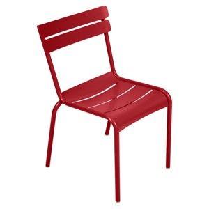 Czerwone krzesło ogrodowe Fermob Luxembourg