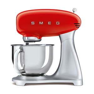 Czerwony robot kuchenny SMEG