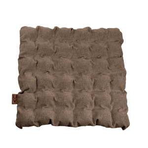 Brązowa poduszka do siedzenia z piłkami do masażu Linda Vrňáková Bubbles, 55x55 cm